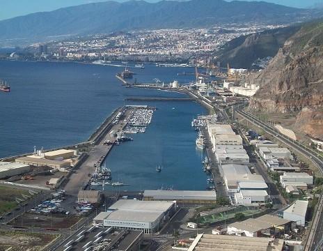 Ejecución de los acuerdos adoptados por la Administración Portuaria